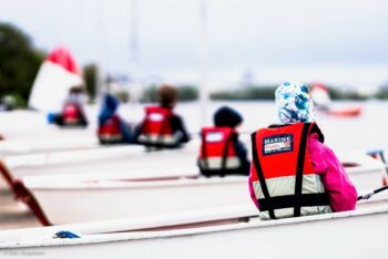 Neue Marinepool Schwimmwesten für die NRV Jugend